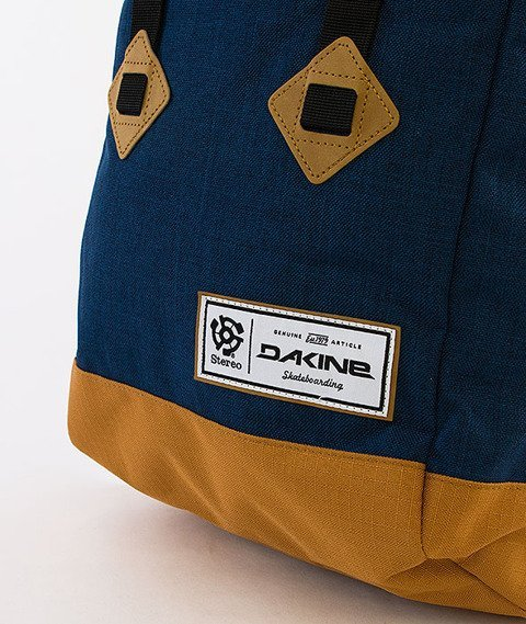 Dakine-Trek 26L Backpack Stereocolb