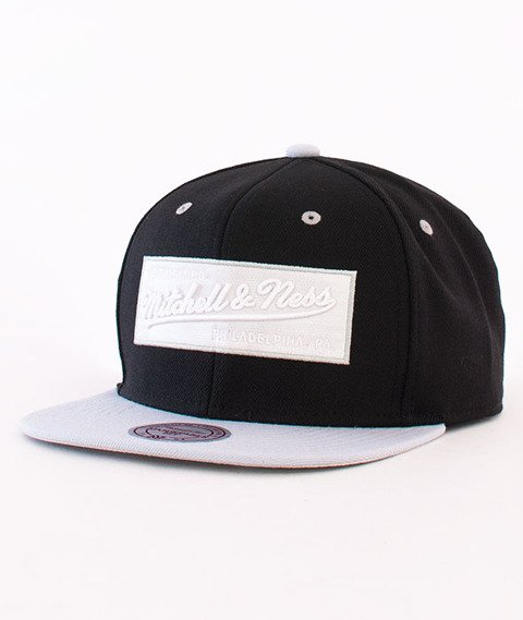 Mitchell & Ness- 2 Tone Label Tonal Logo Snapback Black NE18Z