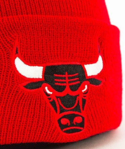 Mitchell & Ness-Chicago Bulls Team Logo Cuff Knit Czapka Zimowa Czerwona