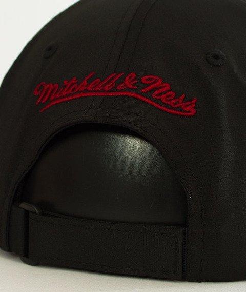 Mitchell & Ness-Miami Heat Light & Dry SB  Snapback BH73L4