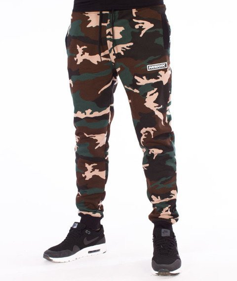 Patriotic-Futura Spodnie Dresowe Woodland Camo