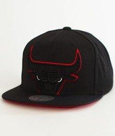 Mitchell & Ness-Chicago Bulls Cropped XL SB Snapback BH72Q2